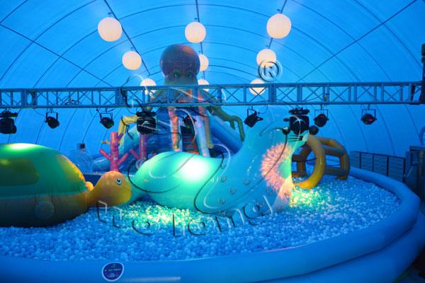 鲸鱼岛乐园内部